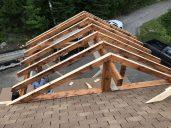 Le raccord de toit sera réalisé par l'entrepreneur général