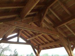 Le bois utilisé est du sapin Douglas (BC Fir)