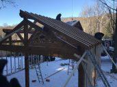 Le montage de la structure aura pris seulement une journée.
